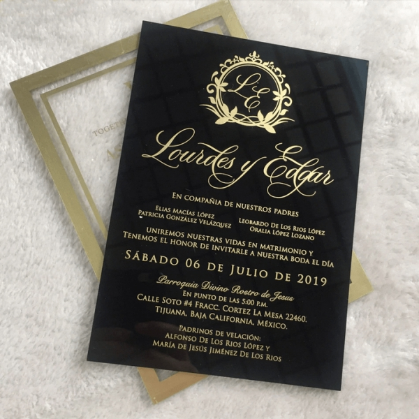 /1067543-4488-thickbox/vintage-formal-black-and-gold-acrylic-wedding-invitations-for-fall-and-winter-ws277.jpg