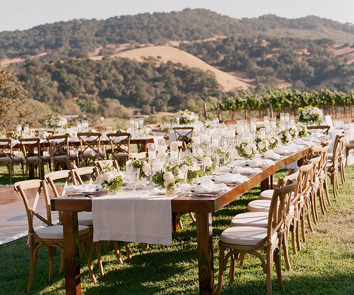 Top 23 Creative and Remarkable Centerpiece Ideas for a Rustic Wedding